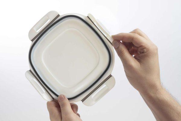 Agilus 30 container lid