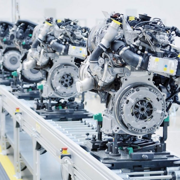 Automotive additive manufacturing