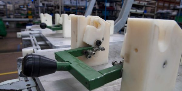 Lower cost tools additive manufacturing