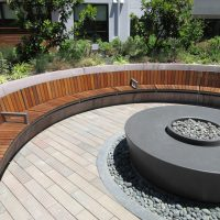 Curved seating at firepit
