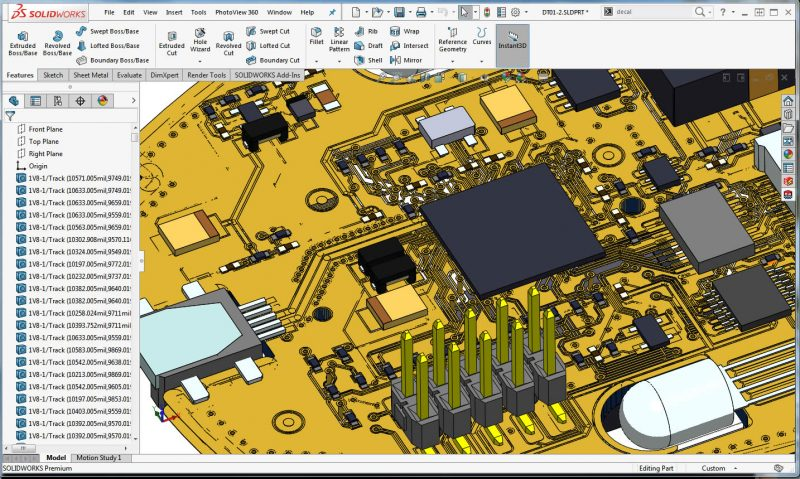 SOLIDWORKS PCB with copper and chip models