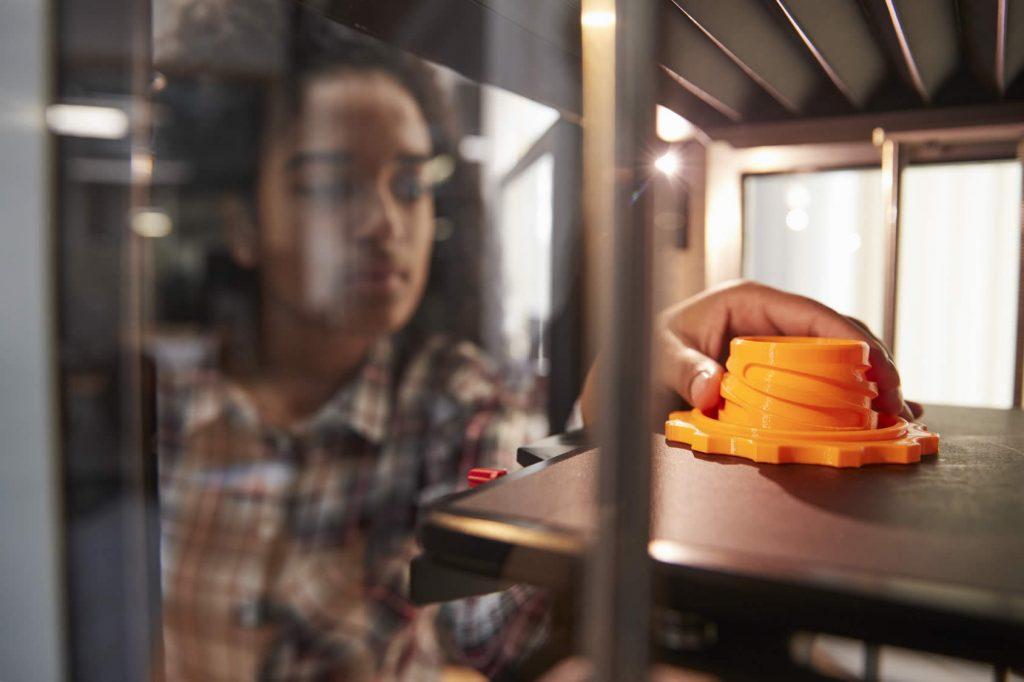 Student 3D printing model