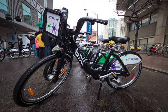 Copyright http://www.blogto.com/city/2011/05/bixi_bike-sharing_officially_launches_in_toronto/
