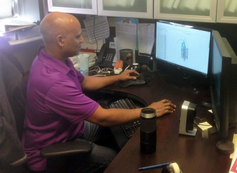 David using Canadian SOLIDWORKS Support