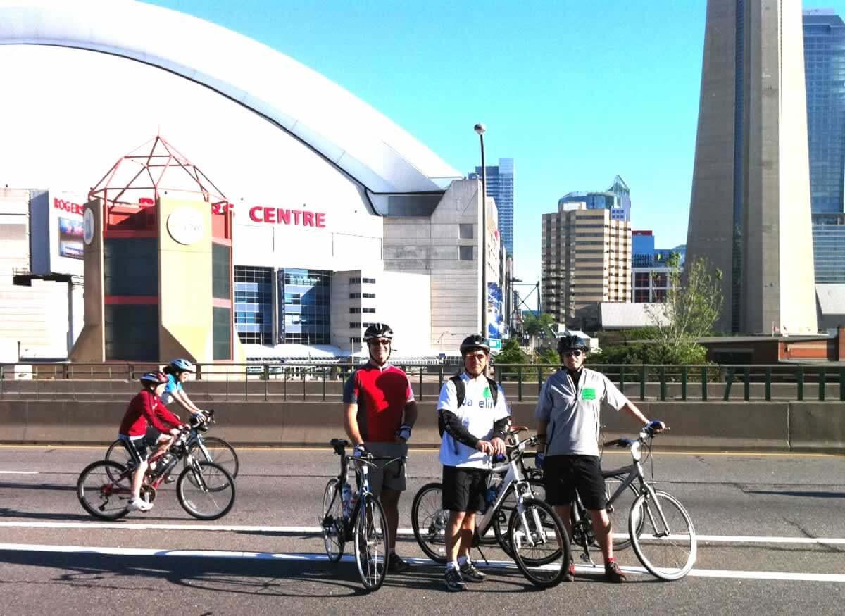 Ride for Heart on Gardiner Expressway